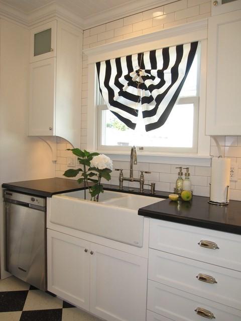Kitchen talk ittybittybungalow for Kitchen window treatments above sink